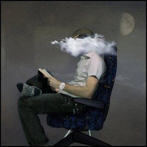 cu capul in nori (de fum)